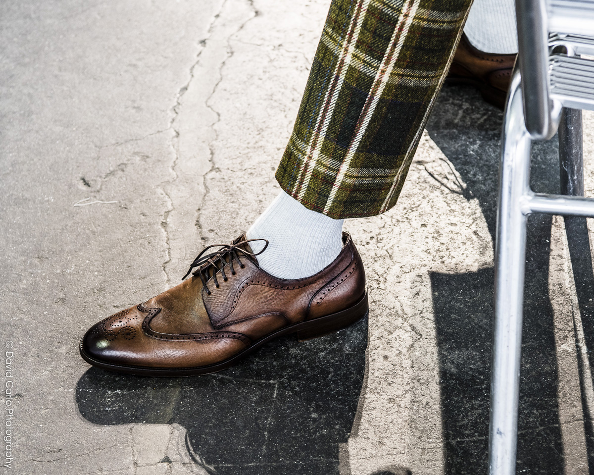 Spectators, white socks, tartan trousers... SOOOO David Hart!