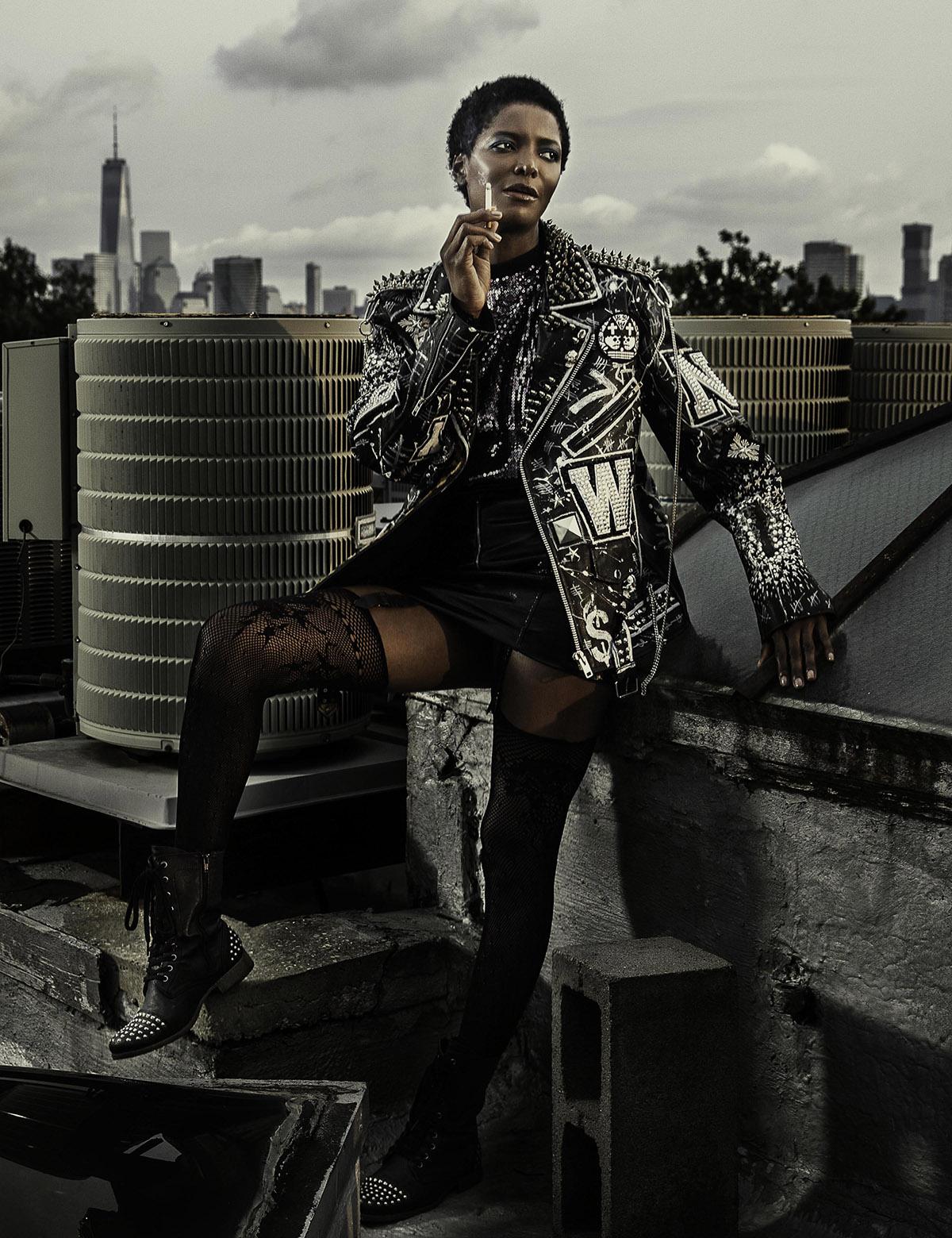 Spirit-&-Flesh-Magazine_model-DAHLIA-JAMES_by_RON-CONTARSY_07